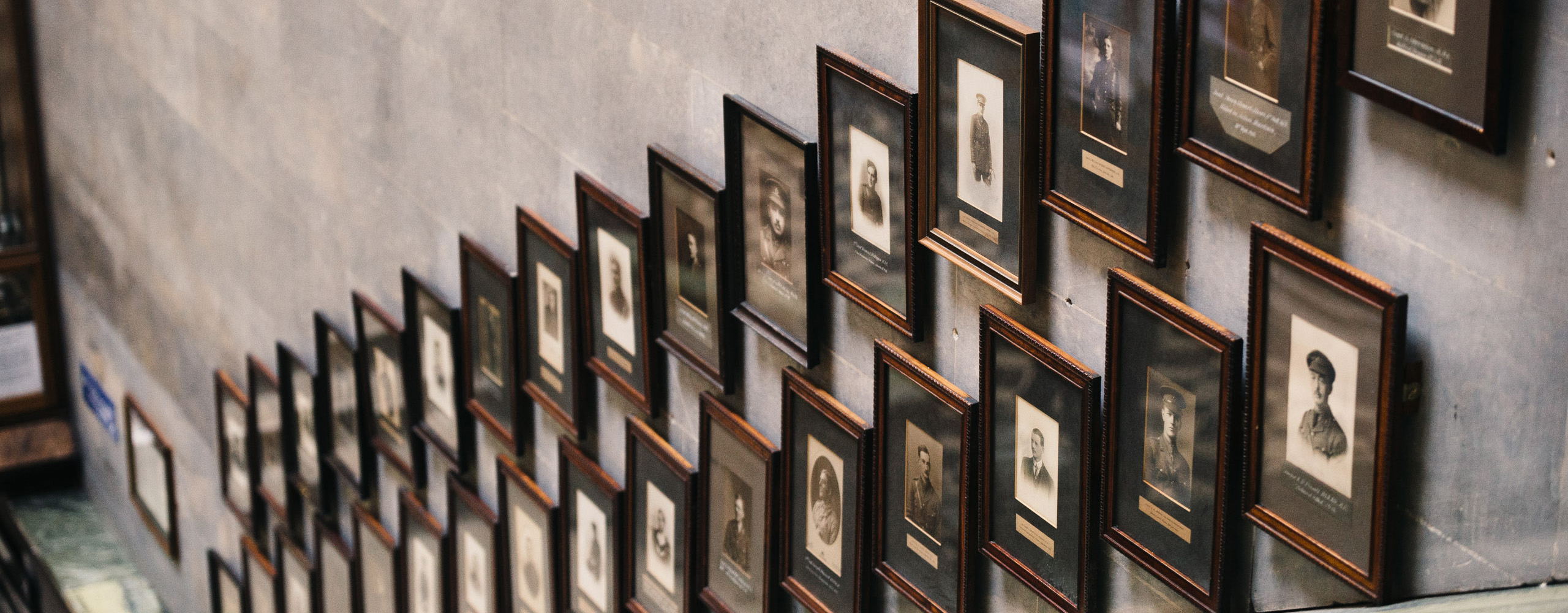 Portraits of students and alumni who died in World War I